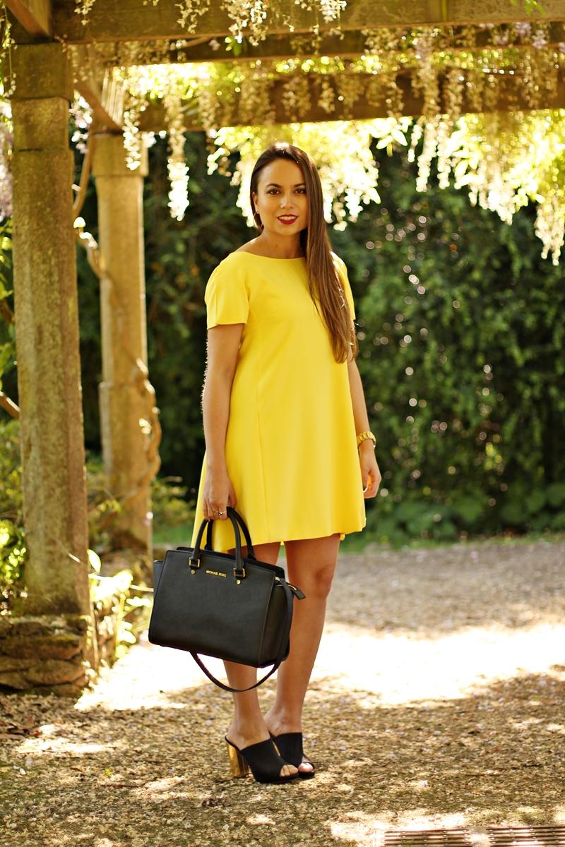 Sarı Elbise Kombini
