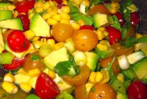Mısırlı Avakadolu Yaz Salatası