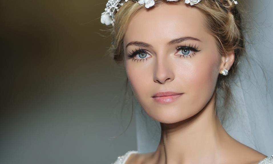 pronovias-bridal-wedding-makeup-inspiration-2014-catwalk-6.full