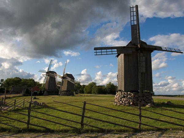 estonia-wooden-windmills_22966_600x450